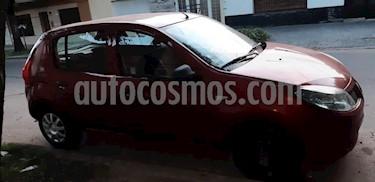 Foto venta Auto usado Renault Sandero 1.5 dCi Confort (2010) color Rojo precio $110.000