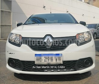 Foto Renault Sandero 1.6 Authentique usado (2017) color Blanco Glaciar precio $490.000