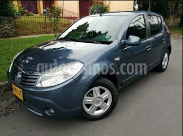 Foto venta Carro usado Renault Sandero 1.6 Dynamique Mec 5P (2010) color Azul precio $19.900.000