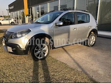 Renault Sandero 1.6 Confort usado (2012) color Gris precio $435.000