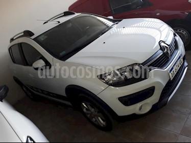 foto Renault Sandero 1.6 GT Line usado (2016) color Blanco precio $520.000