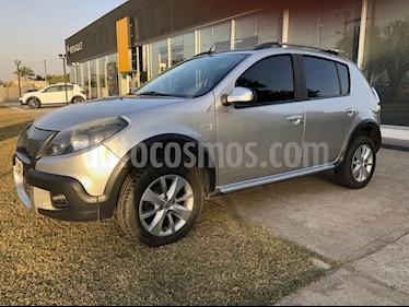 Renault Sandero 1.6 Privilege Nav usado (2013) color Gris Acero precio $520.000