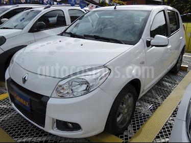 Foto venta Carro usado Renault Sandero Authentique Aa (2016) color Blanco precio $31.900.000