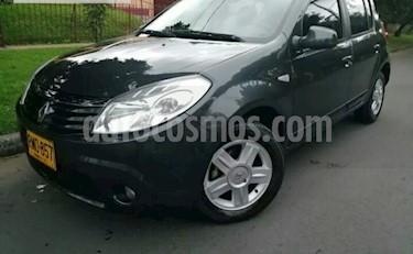 Foto venta Carro usado Renault Sandero Automatico (2012) color Negro Nacarado precio $24.500.000