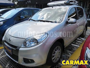 Renault Sandero Dynamique Aut usado (2014) color Plata precio $29.900.000