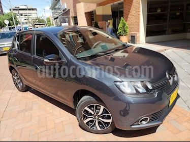 Renault Sandero Exclusive Aut usado (2018) color Gris precio $41.000.000