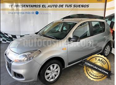 Foto venta Auto Seminuevo Renault Sandero Expression  (2014) color Plata precio $115,000