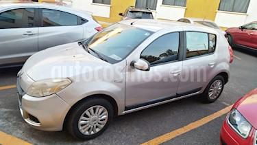 Renault Sandero Dynamique usado (2012) color Plata precio $77,000