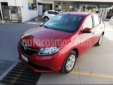 Foto Renault Sandero Expression Aut usado (2017) color Rojo Fuego precio $155,000