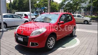 Foto Renault Sandero Dynamique Aut usado (2015) color Rojo precio $145,000