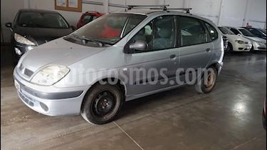 Foto venta Auto usado Renault Scenic 1.6 Confort (2005) color Gris precio $175.000