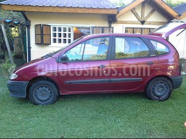 Foto venta Auto usado Renault Scenic 1.6 RN (2000) color Bordo precio $90.000