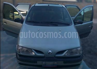 Renault Scenic Version Sin Siglas L4,2.0i,16v A 2 1 usado (1999) color Gris precio u$s2.200