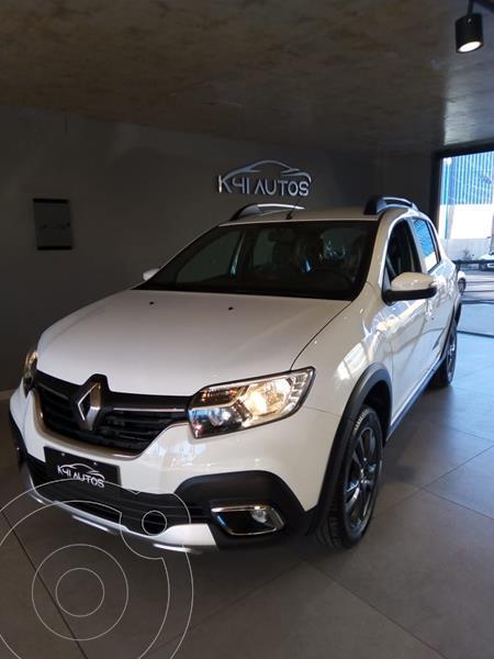 Foto Renault Stepway 1.6 Intens usado (2021) color Blanco precio $1.990.000