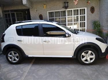 Renault Stepway Dynamique usado (2014) color Blanco precio $130,000