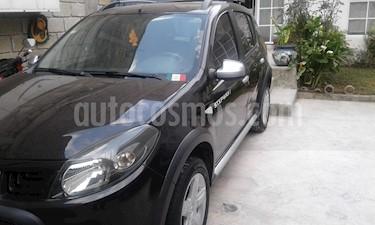 Renault Stepway Dynamique usado (2011) color Negro precio $85,000