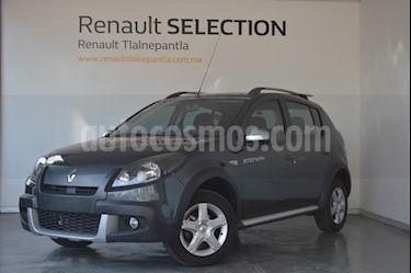 Foto venta Auto usado Renault Stepway Dynamique (2015) color Gris Cometa precio $155,000