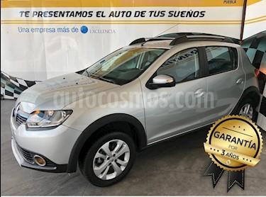 Foto venta Auto Seminuevo Renault Stepway Intens (2018) color Plata precio $213,000