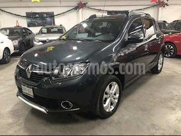 Renault Stepway Intens usado (2018) color Gris precio $195,000