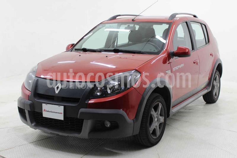 Renault Stepway Outdoor usado (2015) color Rojo precio $140,000