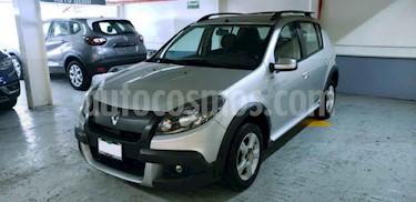 Renault Stepway Dynamique usado (2014) color Plata precio $125,000