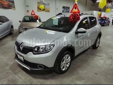 Renault Stepway Intens usado (2018) color Gris Estrella precio $175,000