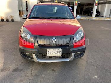 foto Renault Stepway Dynamique usado (2013) color Rojo Fuego precio $118,000