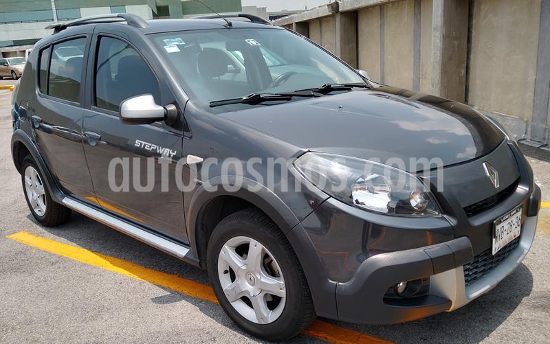 Renault Stepway Dynamique usado (2015) color Gris precio $115,000