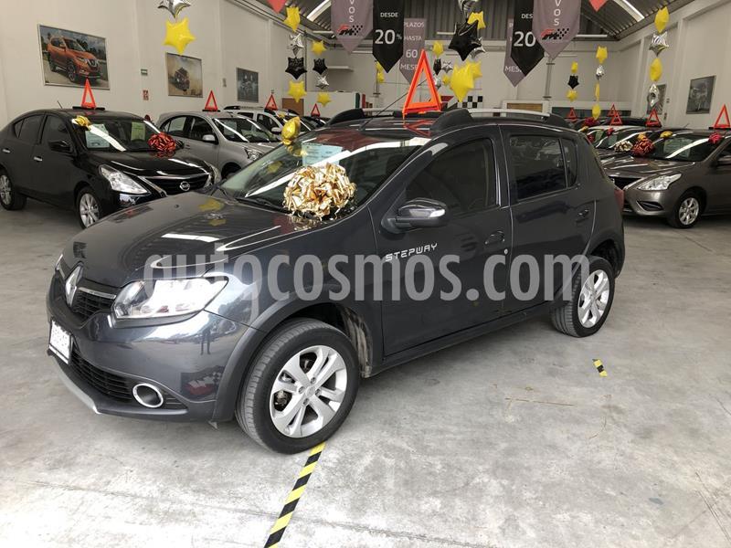 Renault Stepway Intens usado (2018) color Gris Cometa precio $170,000