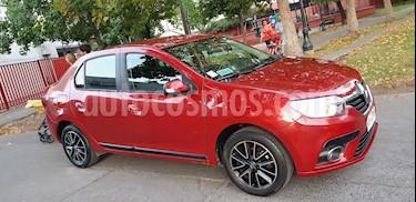 Renault Symbol 1.6L Intens usado (2017) color Rojo Fuego precio $6.390.000