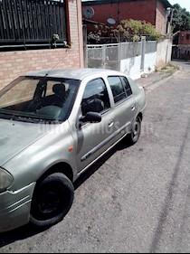 Renault Symbol Sinc. usado (2002) color Verde precio u$s800