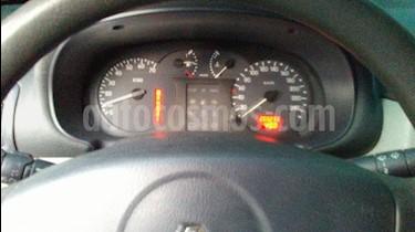 Renault Symbol 1.6L Aut usado (2005) color Plata precio u$s1.700