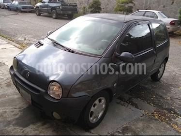Foto venta carro usado Renault Twingo Dinamique 1.2L 16V (2008) color Gris precio u$s1.000