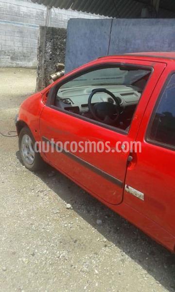 Renault Twingo  Dynamique 1.2L usado (2005) color Rojo precio u$s500