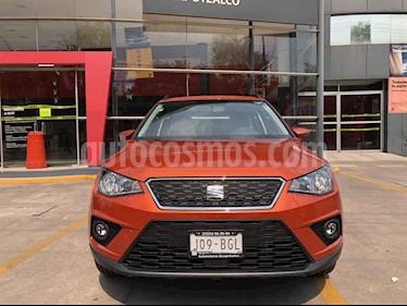 SEAT Arona 5p Style usado (2020) color Naranja precio $301,000