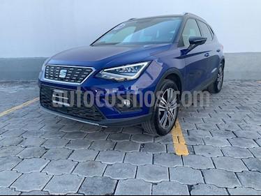 Foto SEAT Arona Xcellence usado (2019) color Azul precio $330,000