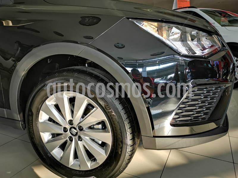 SEAT Arona Reference nuevo color Negro Medianoche precio $342,100