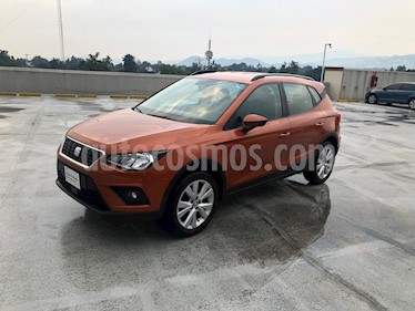 SEAT Arona Style usado (2018) color Naranja precio $280,000
