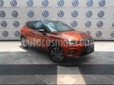 Foto SEAT Arona Xcellence usado (2018) color Naranja precio $299,000