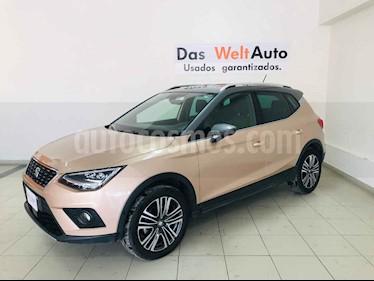 Foto SEAT Arona Xcellence usado (2018) color Blanco precio $314,694