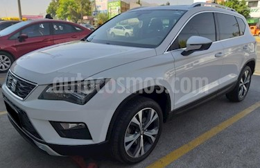 Foto SEAT Ateca 5p Xcellence L4/1.4/T Aut usado (2017) color Blanco precio $345,000