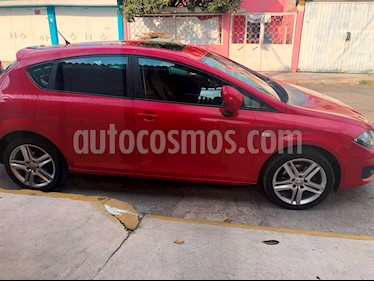 Foto SEAT Leon 1.8T Style DSG usado (2011) color Rojo Emocion precio $138,000