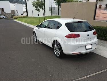 SEAT Leon 1.8T Style DSG usado (2011) color Blanco precio $162,000