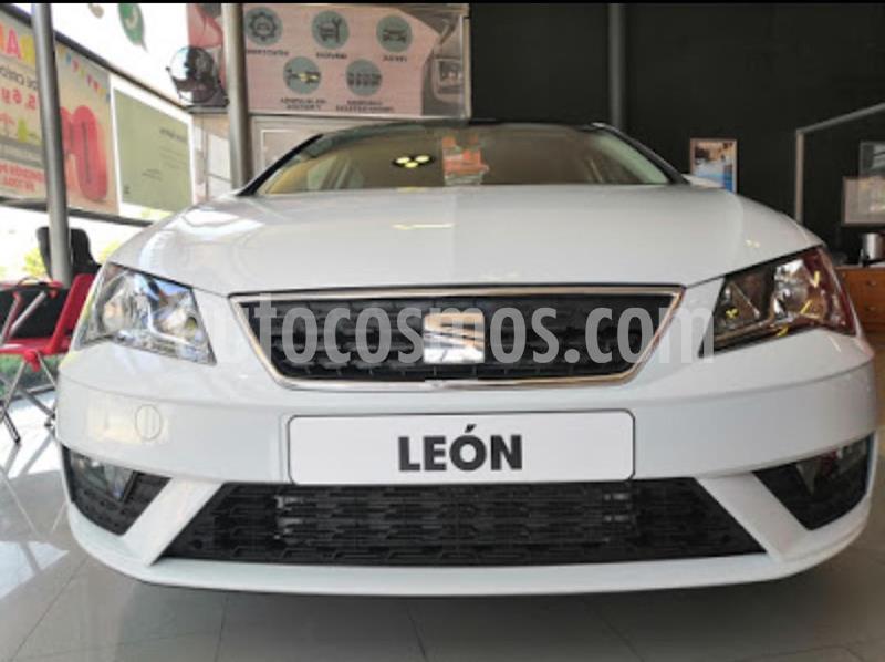 OfertaSEAT Leon Style 1.4T 150HP DSG nuevo color Rojo Emocion precio $367,500