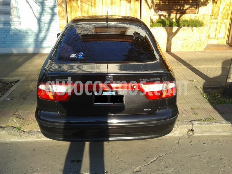 SEAT Toledo 1.8 GLX usado (2001) color Negro precio $150.000