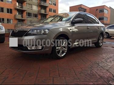 Foto venta Carro usado Skoda Rapid 1.6L Elegance (2015) color Beige precio $21.999.997