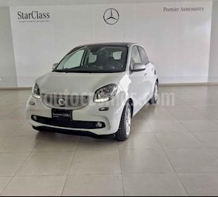 smart Forfour 5p Forfour Passion  L3/1.0/T Aut usado (2018) color Blanco precio $229,000