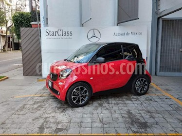 Foto venta Auto Seminuevo smart Fortwo Passion (2017) color Rojo precio $260,000