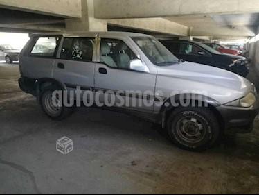 SsangYong Musso 2.9 Turbo Diesel Aut  usado (2005) color Plata precio $3.104.000