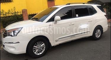 SsangYong Rodius 2.0L 4x2 Diesel usado (2014) color Blanco precio $63.000.000